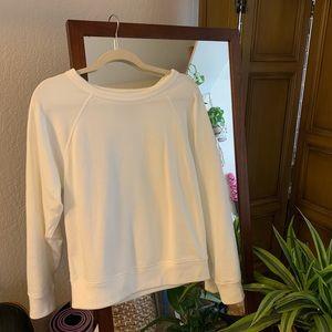 White Everlane crew neck sweatshirt